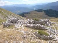 Ερείπια_από_το_συμμοριτοπόλεμο_στην_Αρένα.